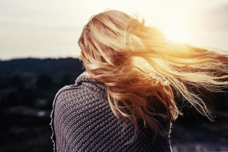 Czy sieć fryzjerska We Love Keratin ma już w swojej ofercie nanoplastię włosów?