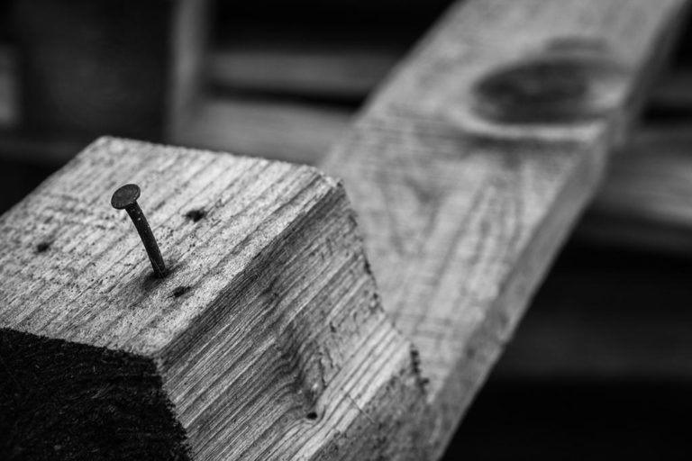 Dlaczego niewielkie gwoździe ocynkowane są takie ważne?